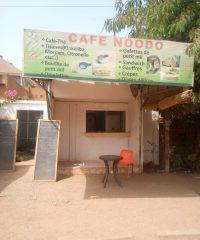 CAFE  NOODO
